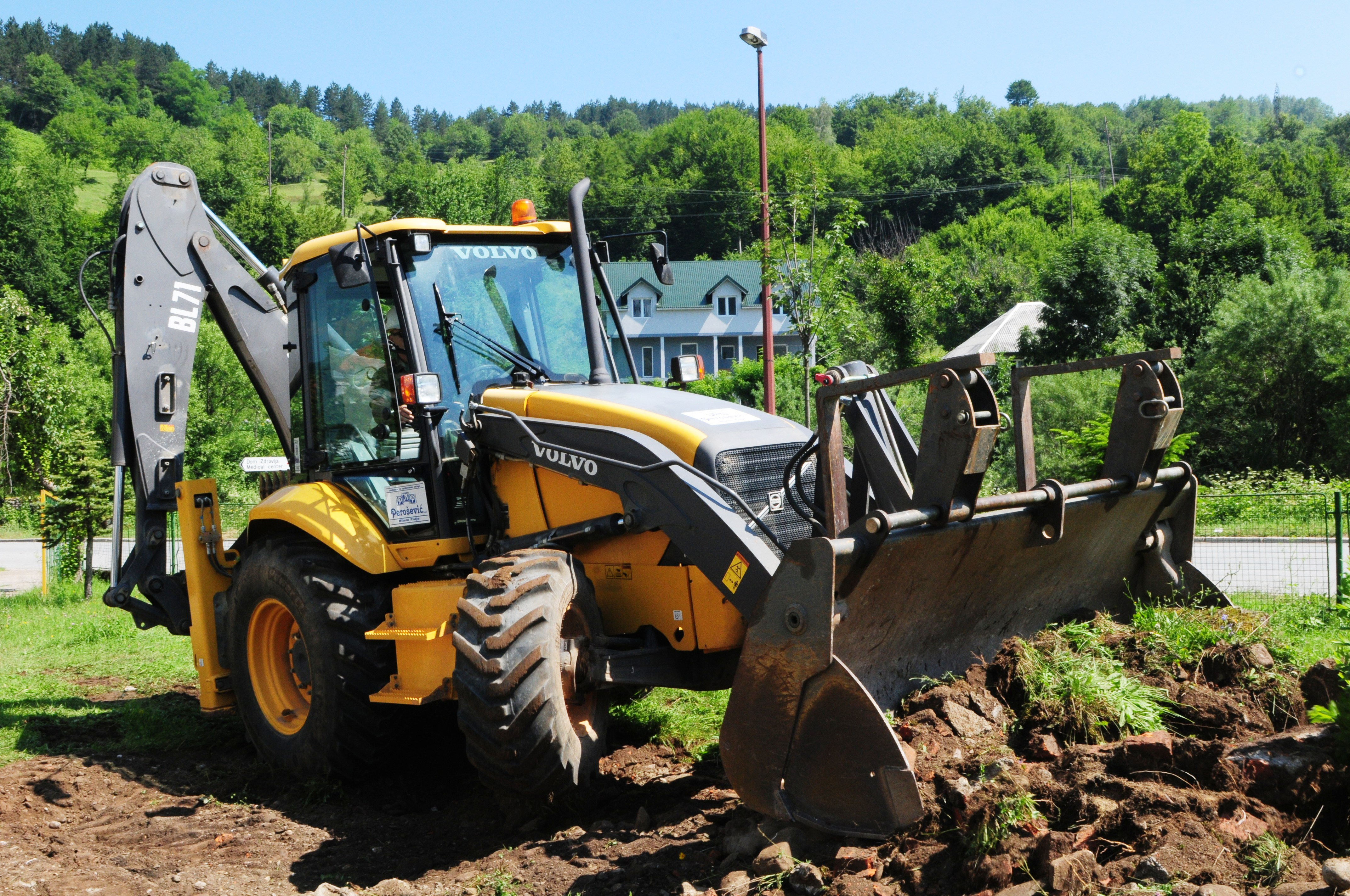 volvo specifications graders bm vhk machine backhoe specs market motor