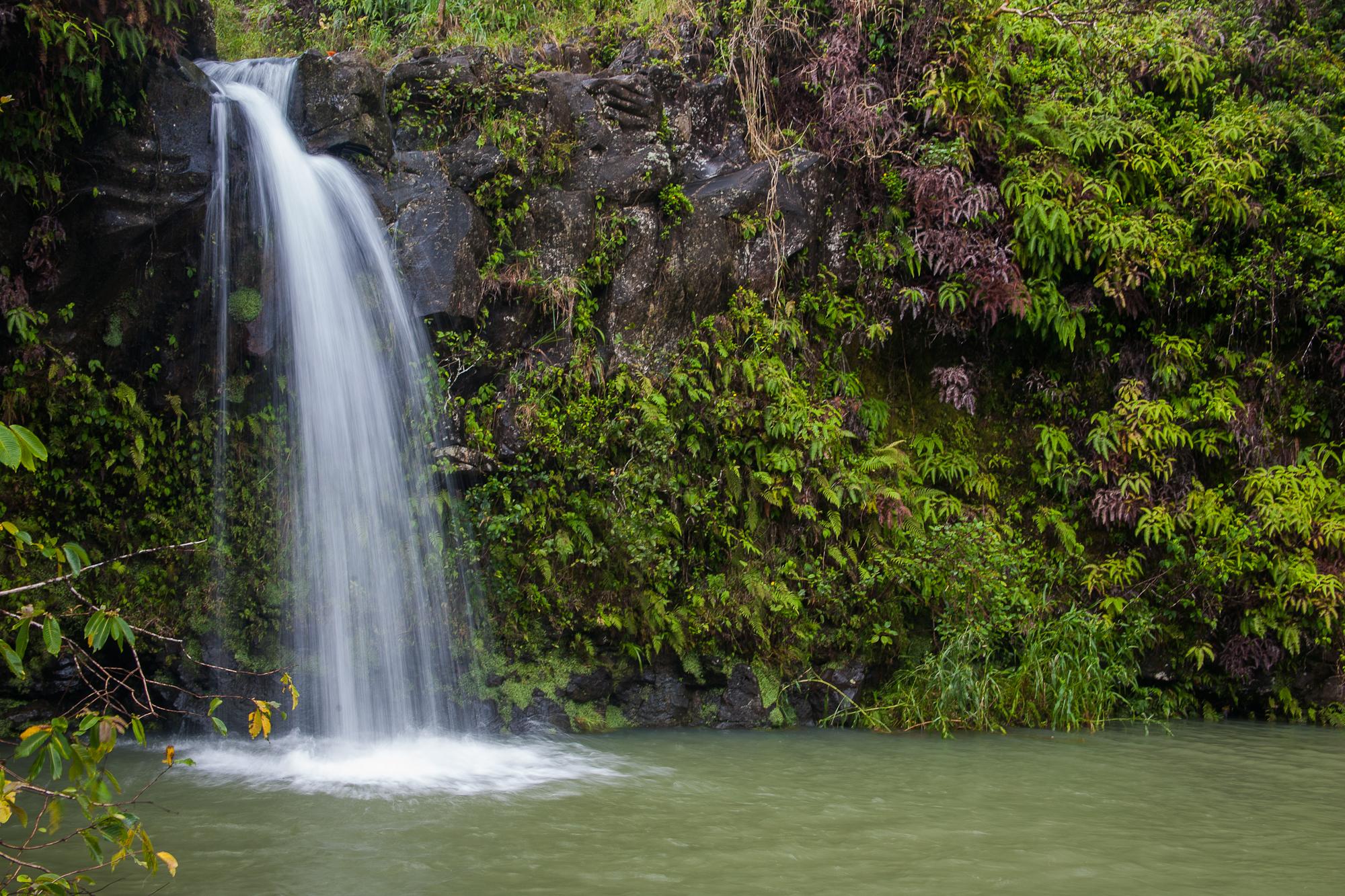 File Small Waterfall On The Road To Hana 8017236735 Jpg Wikimedia Commons