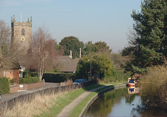 Trent and Mersey Canal at Alrewas - geograph.org.uk - 686807
