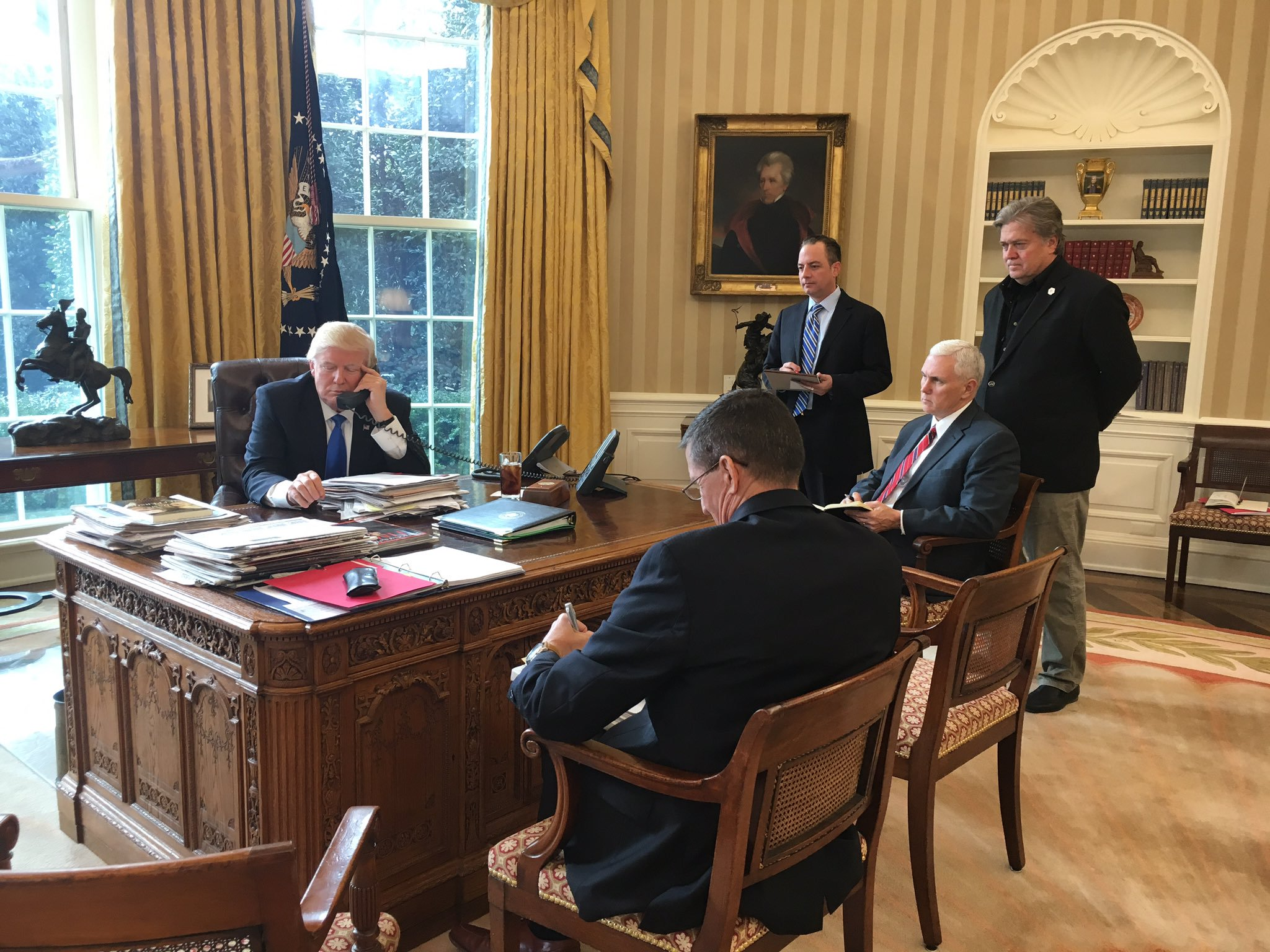 File:Trump Speaking With Putin Oval Office
