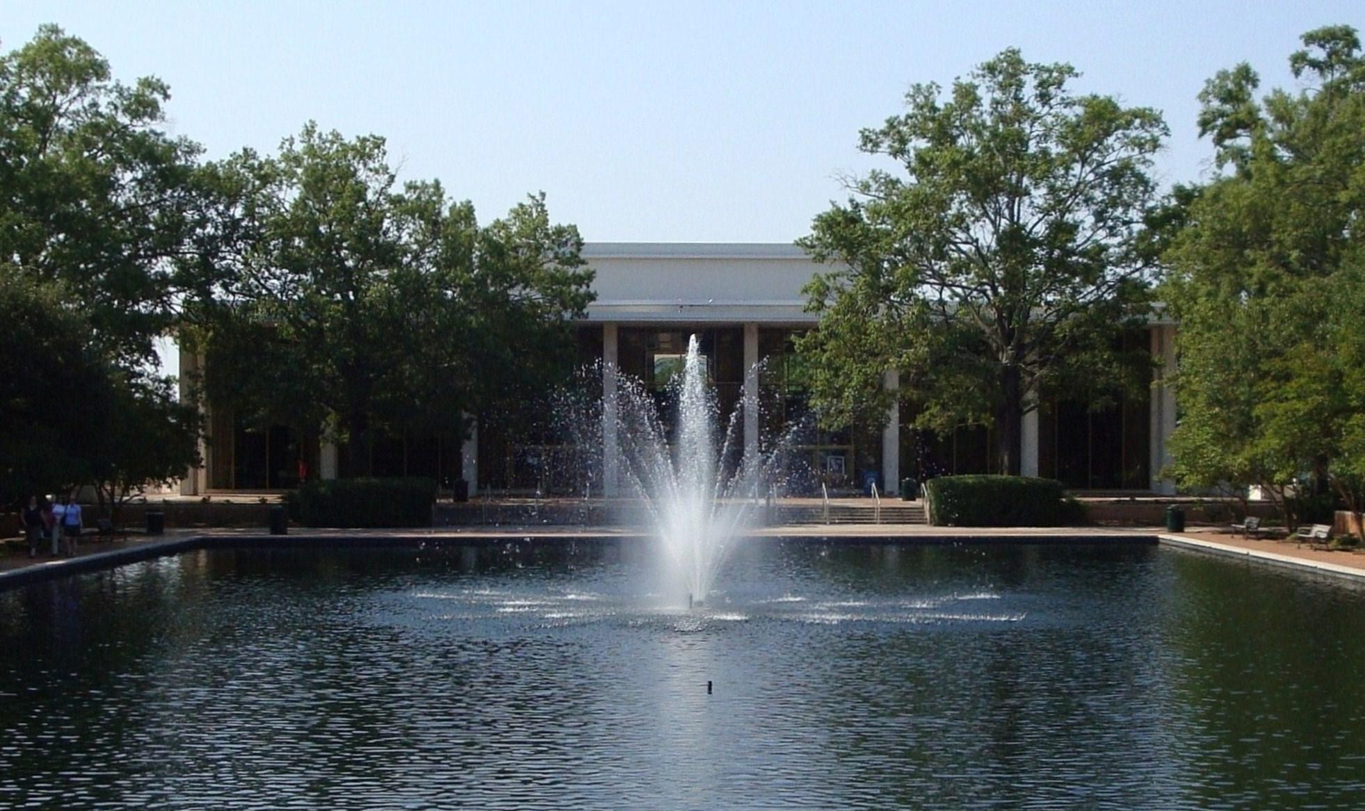 Description university of south carolina thomas cooper library
