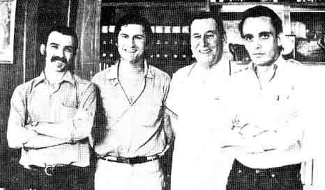 Los realizadores Gerardo Vallejo, Fernando Pino Solanas y Octavio Getino junto a Juan Domingo Perón (1971).