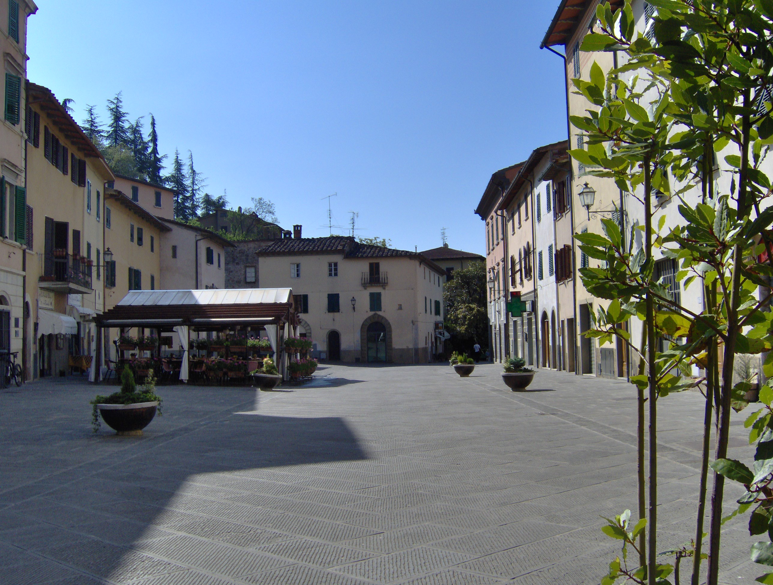 Gaiole In Chianti Italy  city pictures gallery : Description Via Bettino Ricasoli Gaiole in Chianti 2