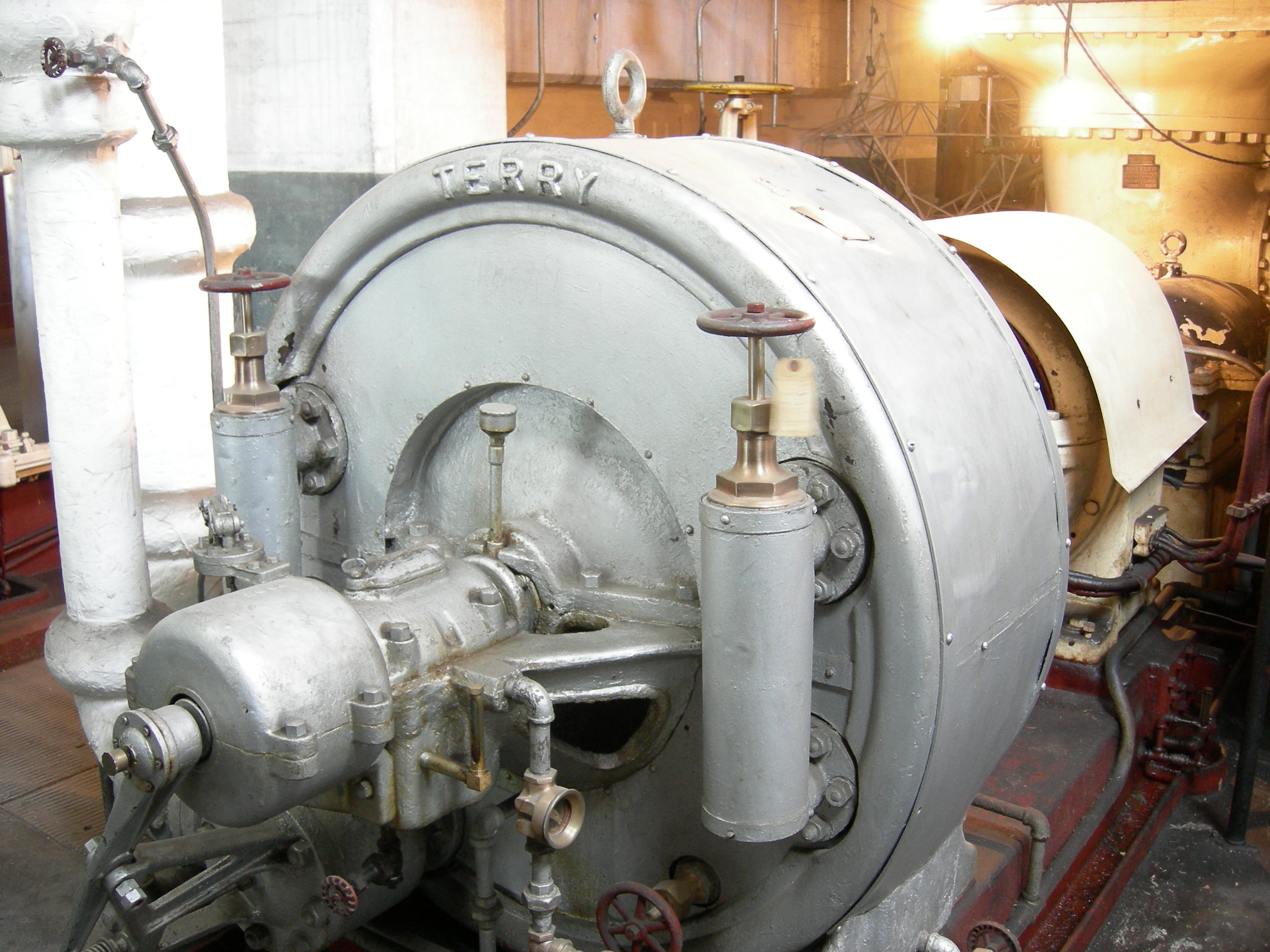 File Westinghouse steam turbine 03 Wikimedia mons