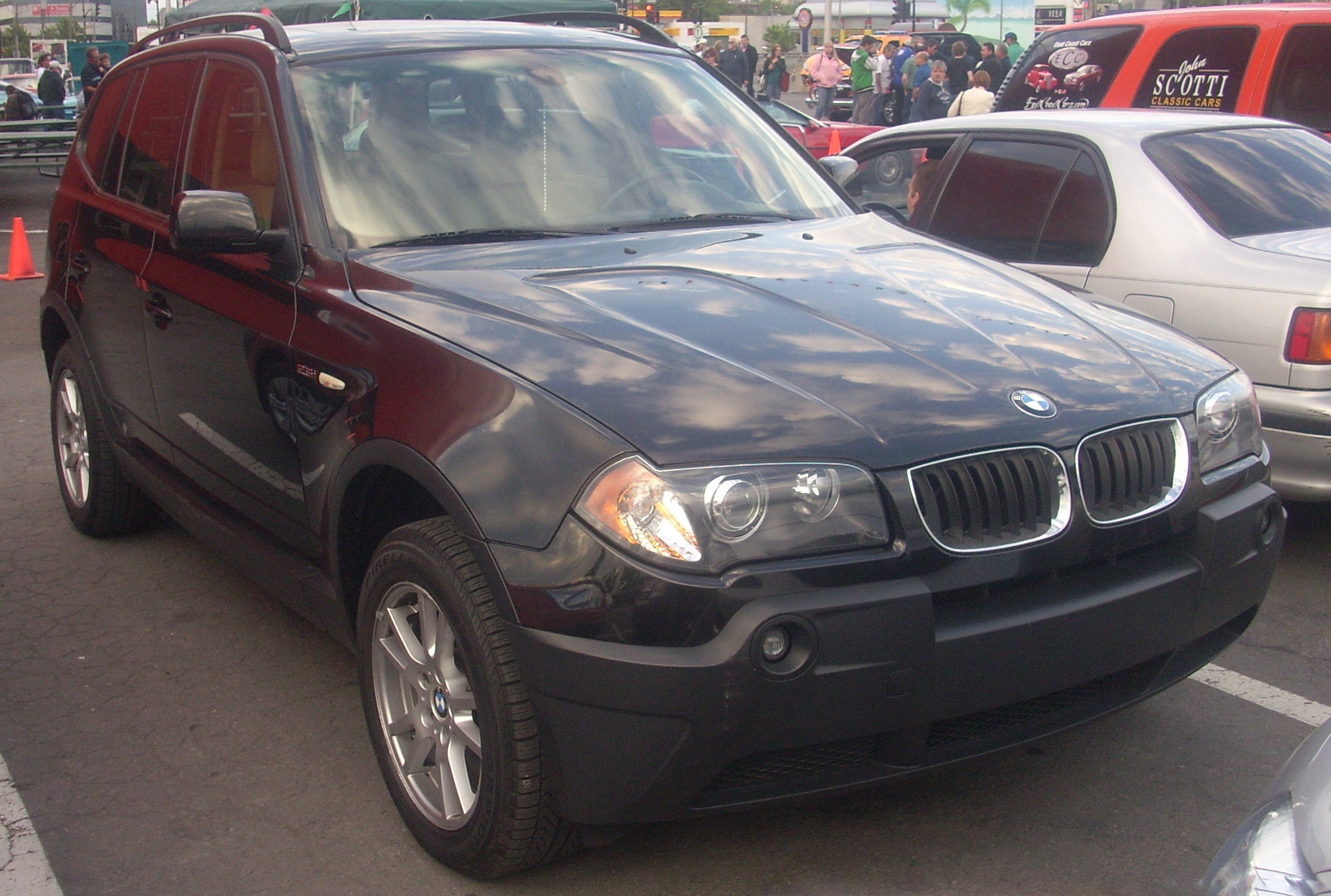File:'06-'08 BMW X3 2.5 (Orange Julep ' ...