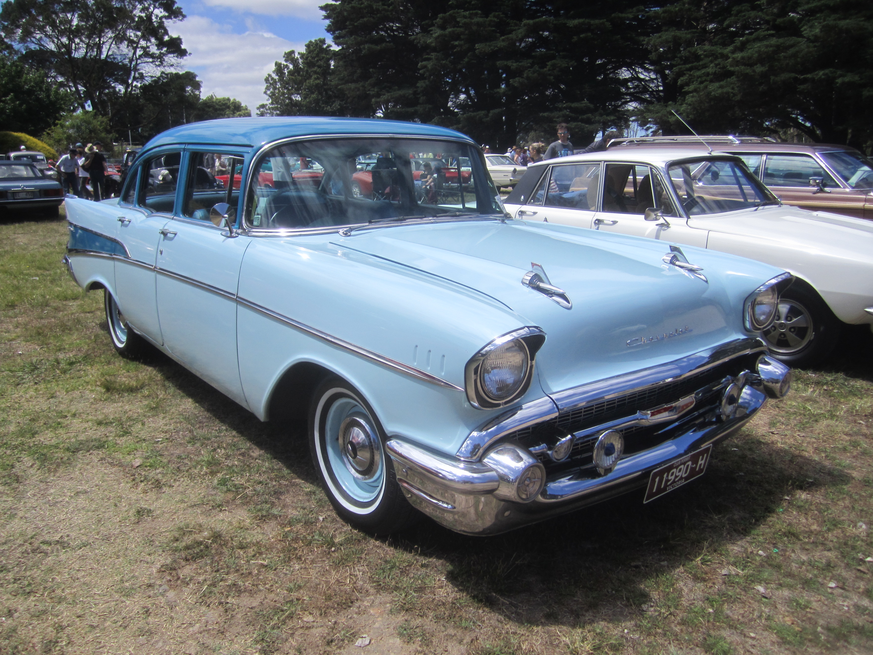 2 Door Convertible >> File:1957 Chevrolet 210 Sedan.jpg - Wikimedia Commons