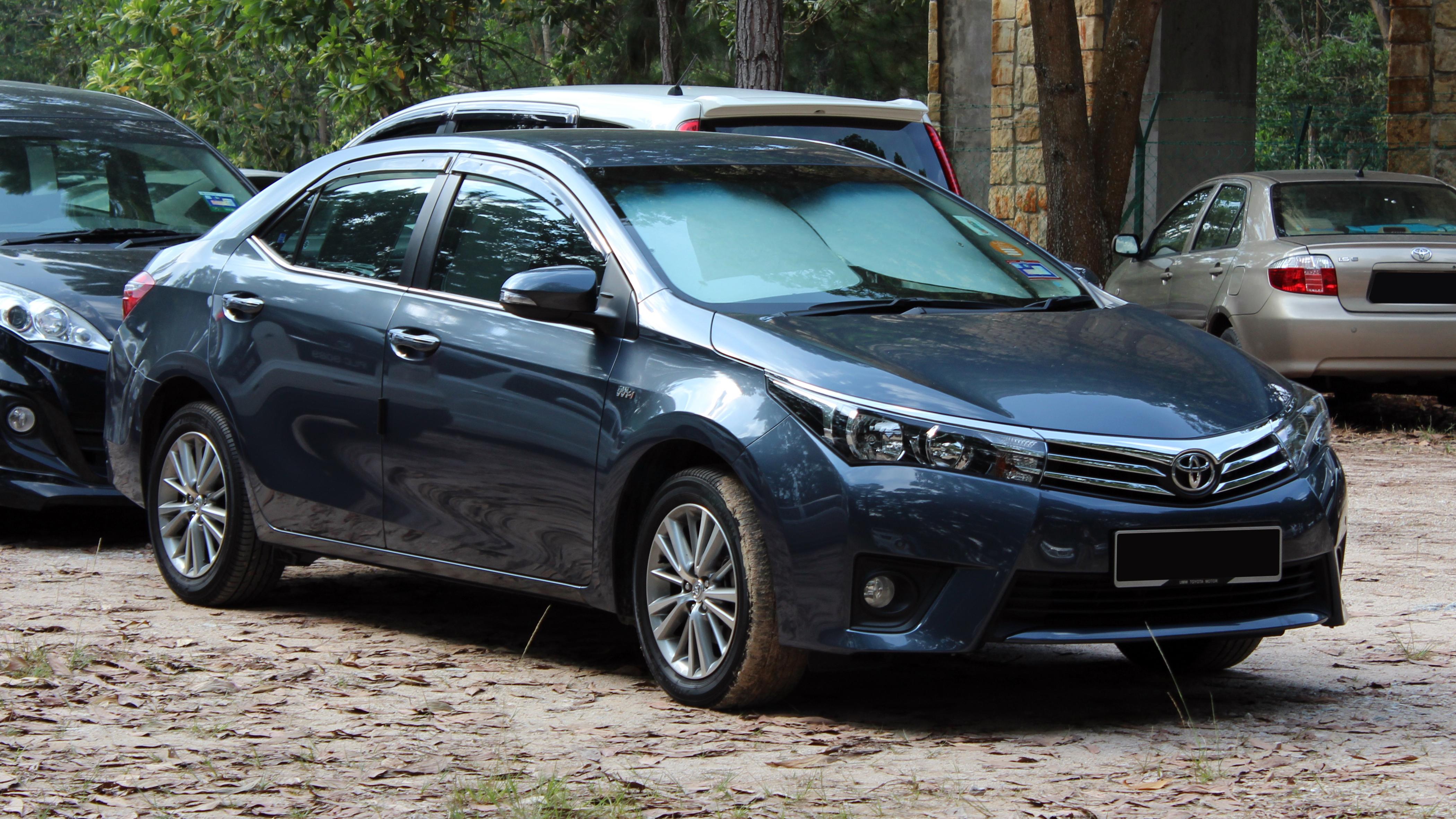 Kelebihan Toyota Altis 2014 Perbandingan Harga