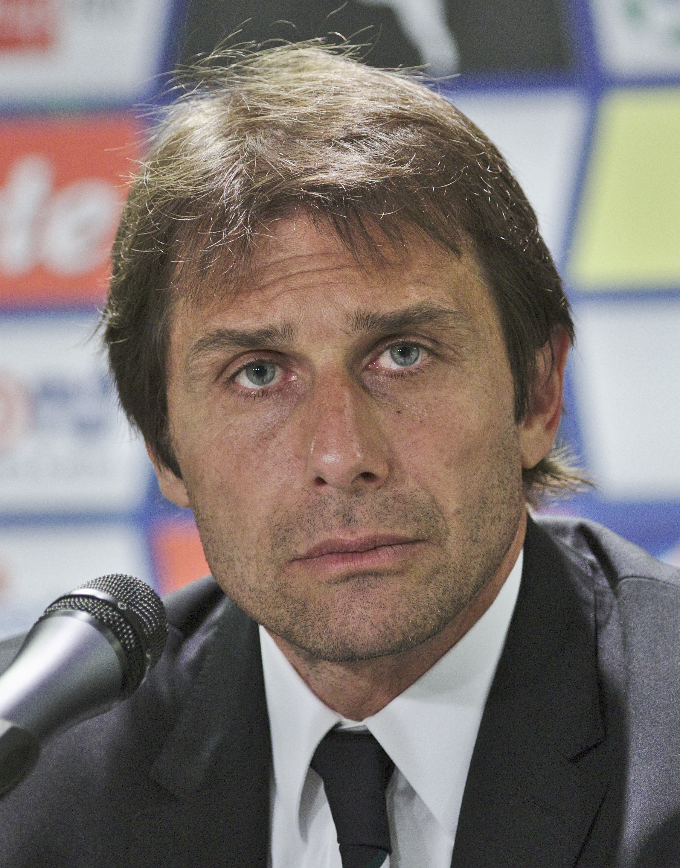 The 49-year old son of father (?) and mother(?) Antonio Conte in 2018 photo. Antonio Conte earned a  million dollar salary - leaving the net worth at 2.5 million in 2018