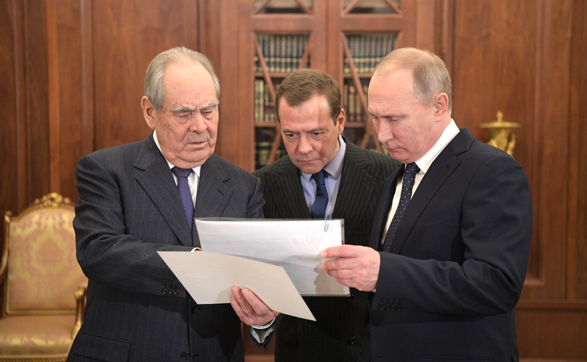 Vladimir Putin and Dmitry Medvedev will take part in the agricultural meeting in the Stavropol region 46