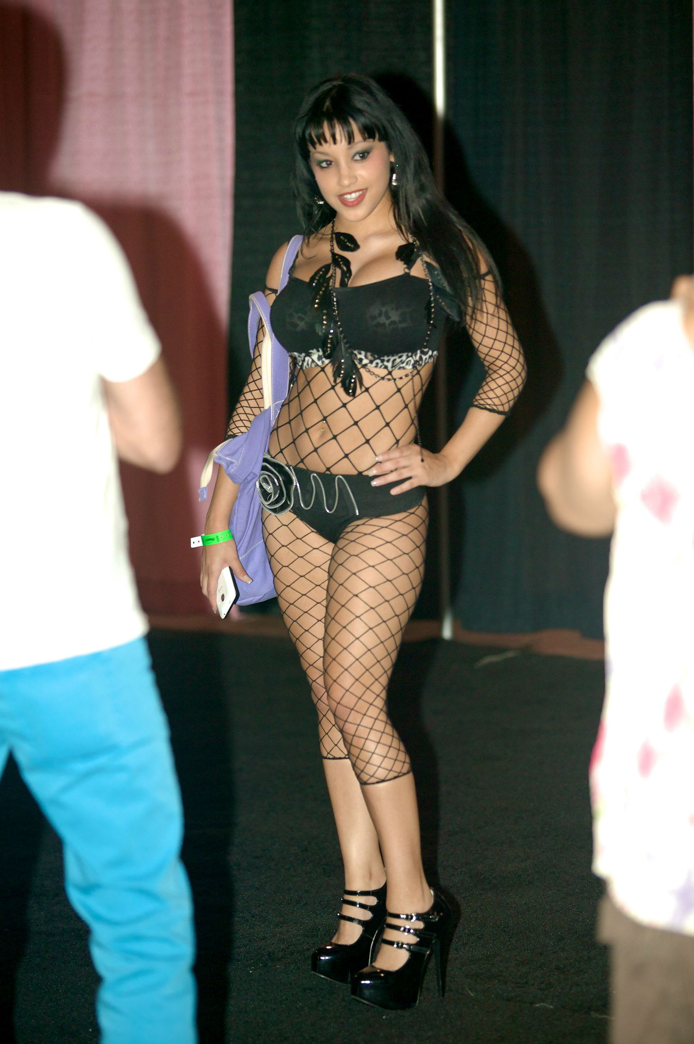 Fileabella Anderson At Exxxotica Miami 2011 1 Jpg