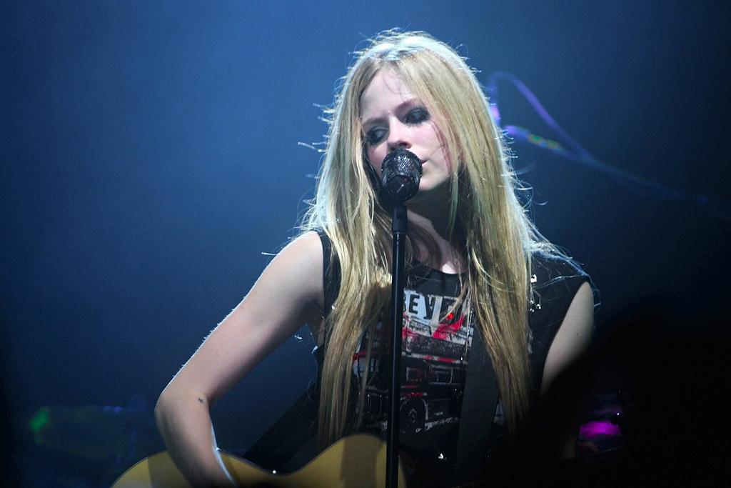 Avril lavigne enfermedad