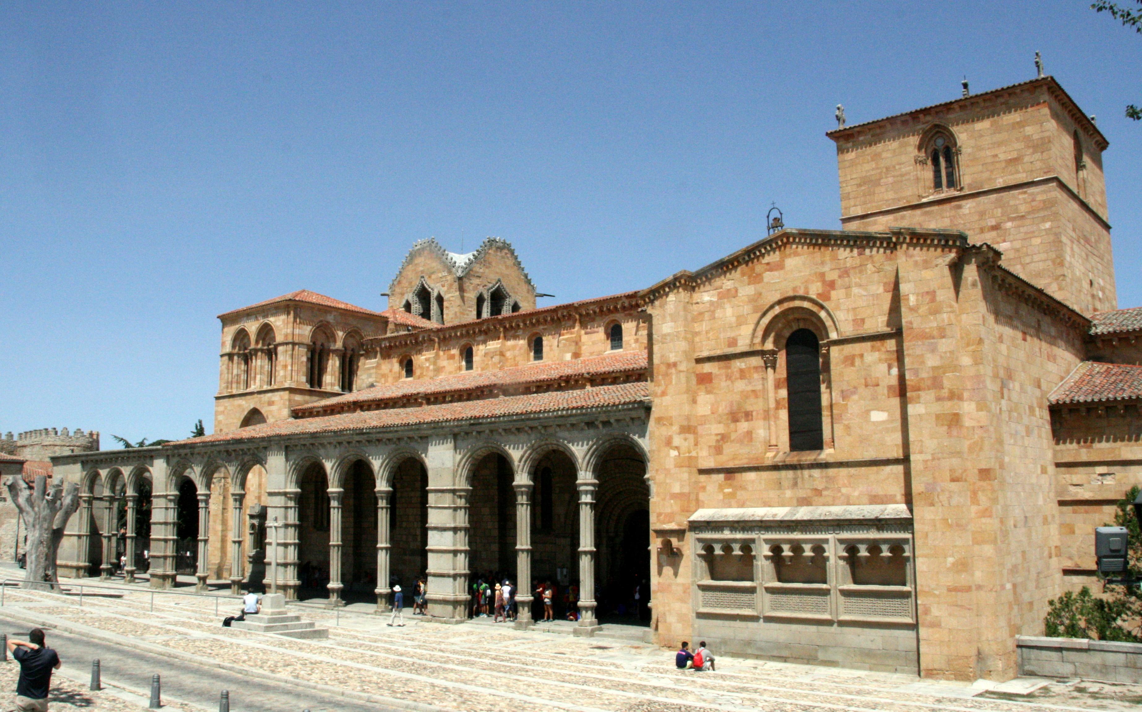 File Basílica De San Vicente 8 De Agosto De 2015 ávila 02 Jpg Wikimedia Commons