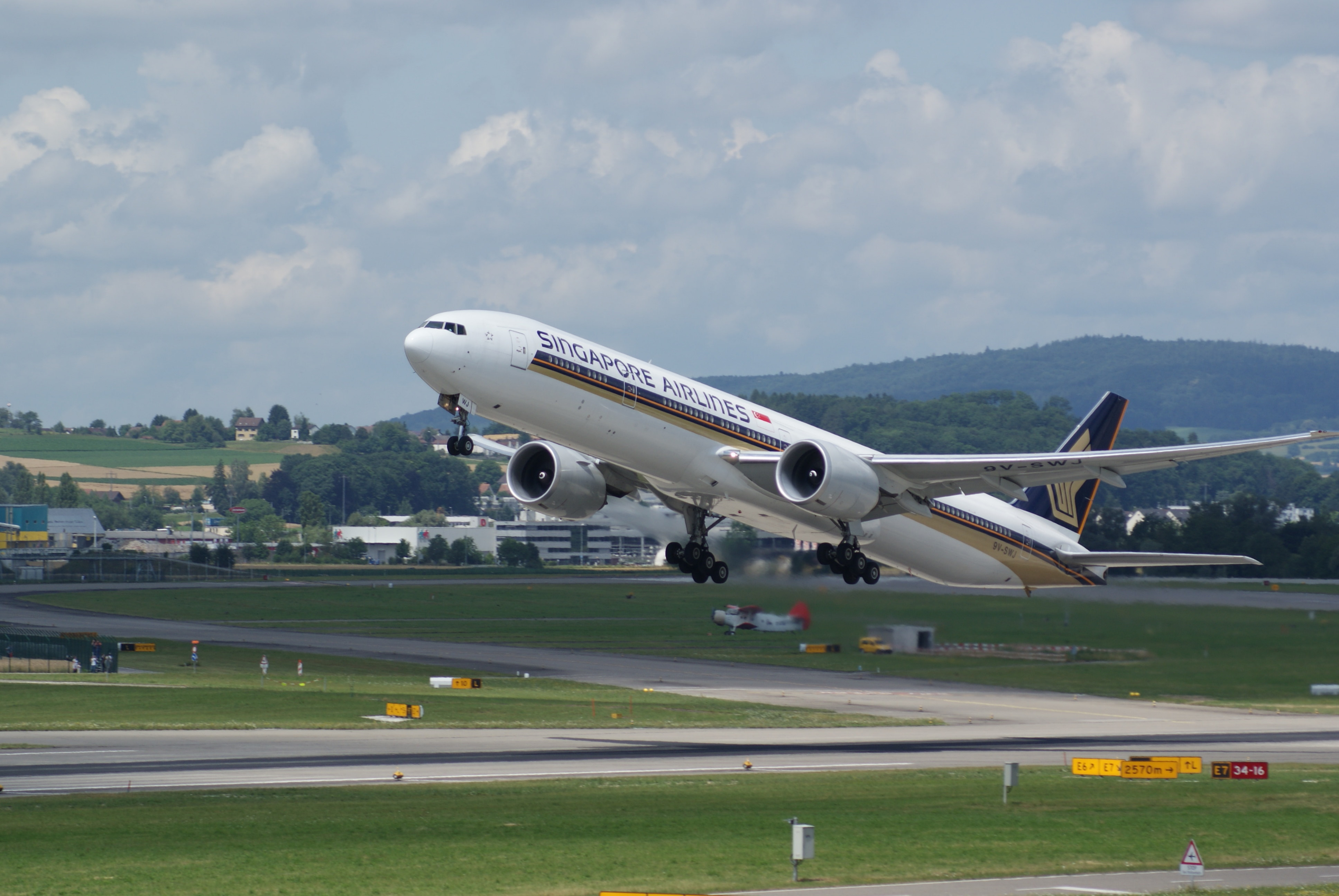 Video editing services singapore airlines