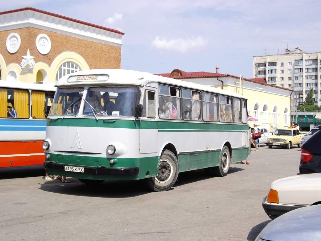[Pilt: Bus_LAZ-695M.jpg]