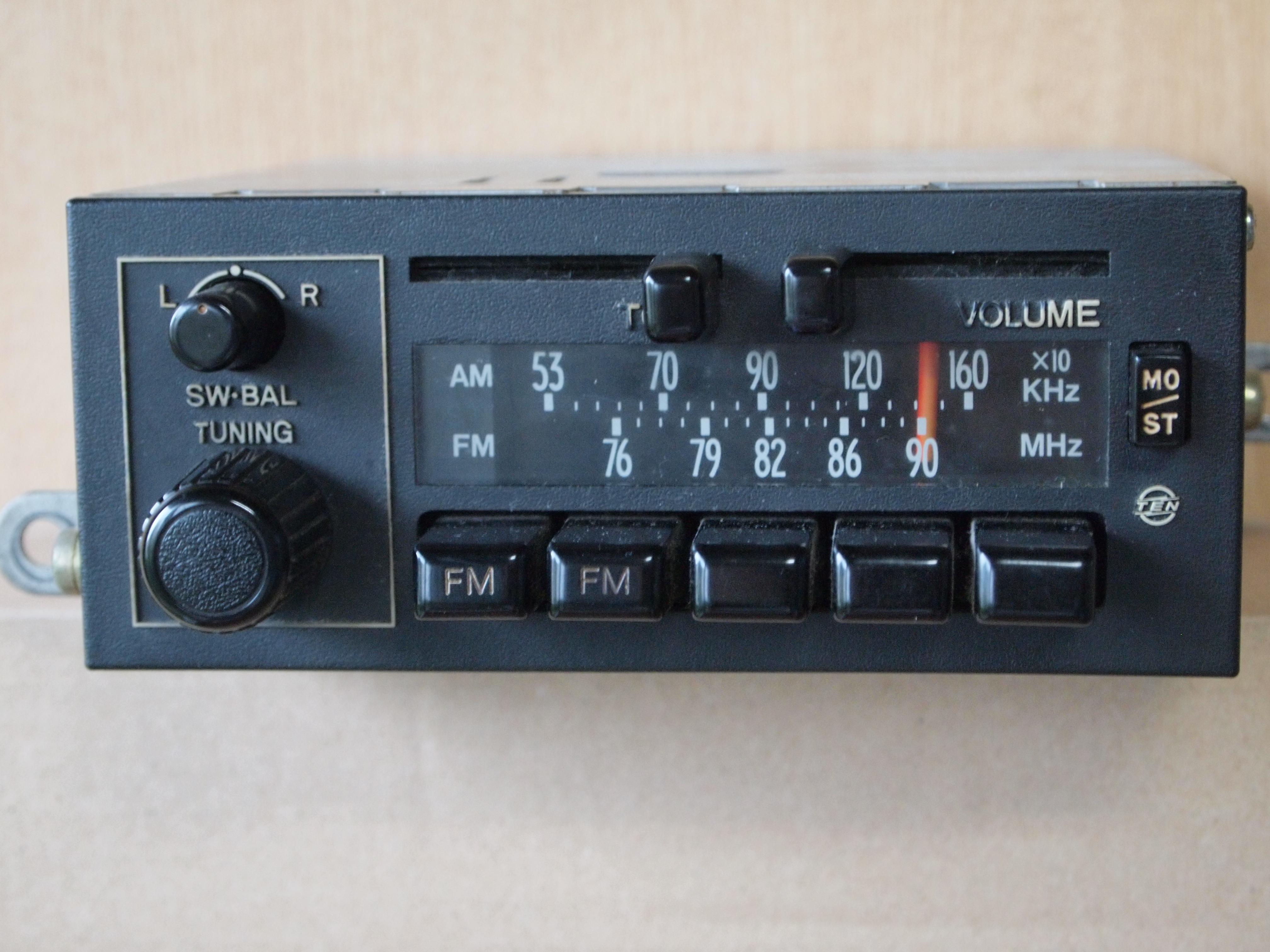 ボタン ラジオ