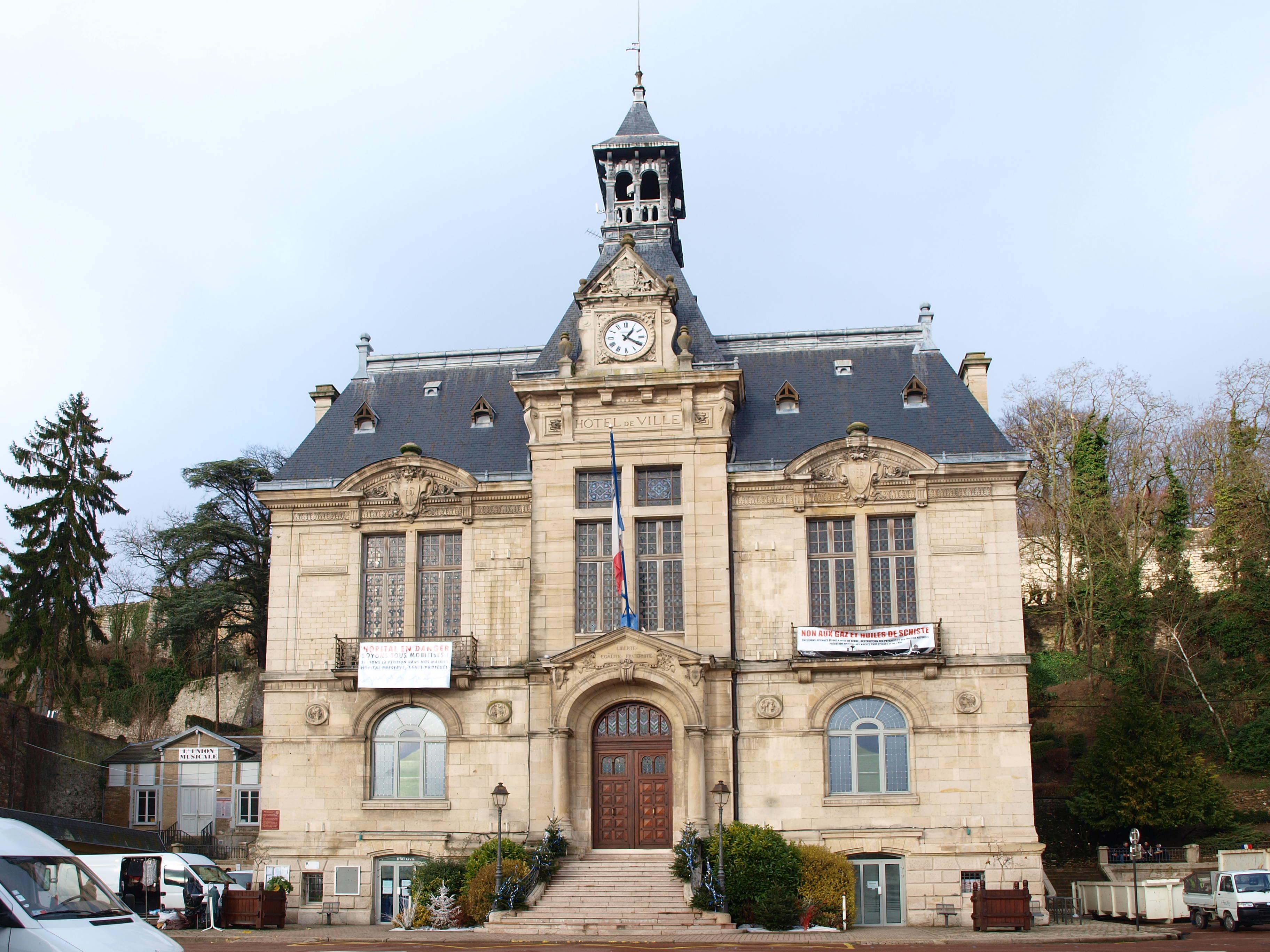 File ch teau thierry 02 mairie a01 jpg wikimedia commons for Bureau 02 chateau thierry