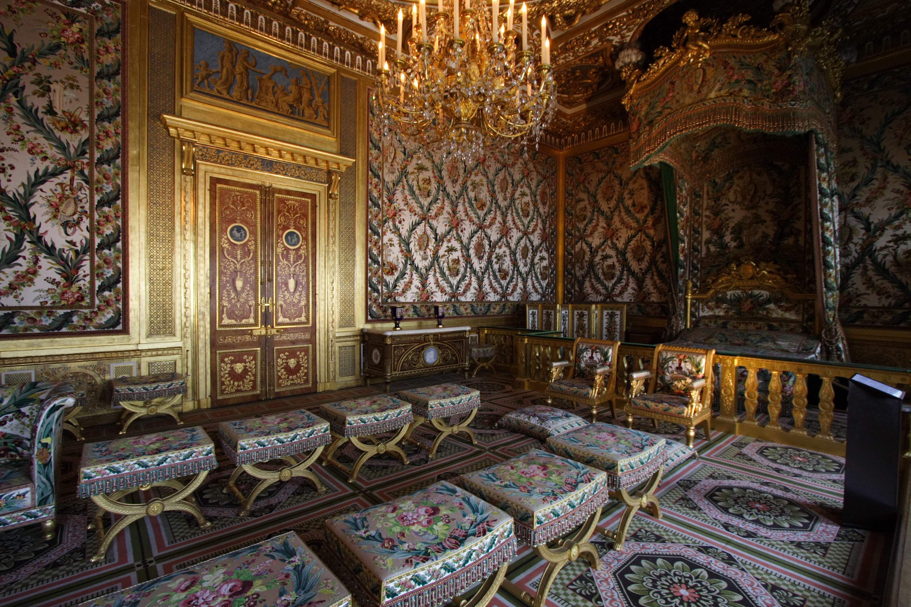 file chateau de fontainebleau fra 028 jpg wikimedia commons. Black Bedroom Furniture Sets. Home Design Ideas