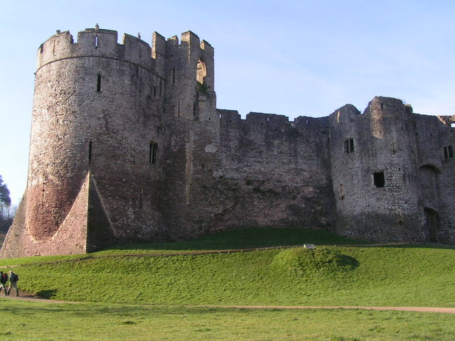 Chepstow Castle - geograph.org.uk - 682964