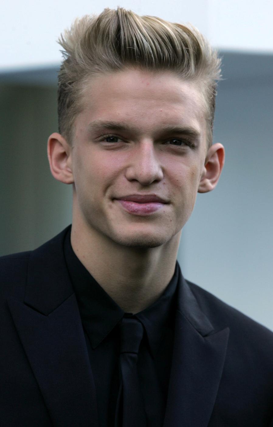 1ce9e4fa3dc Cody Simpson - Wikipedia