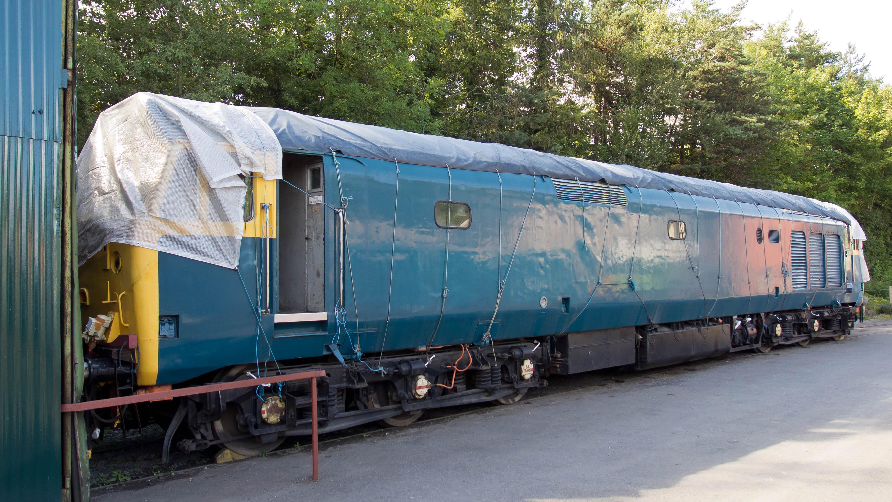 Review: Hornby Class 50 (4/6)