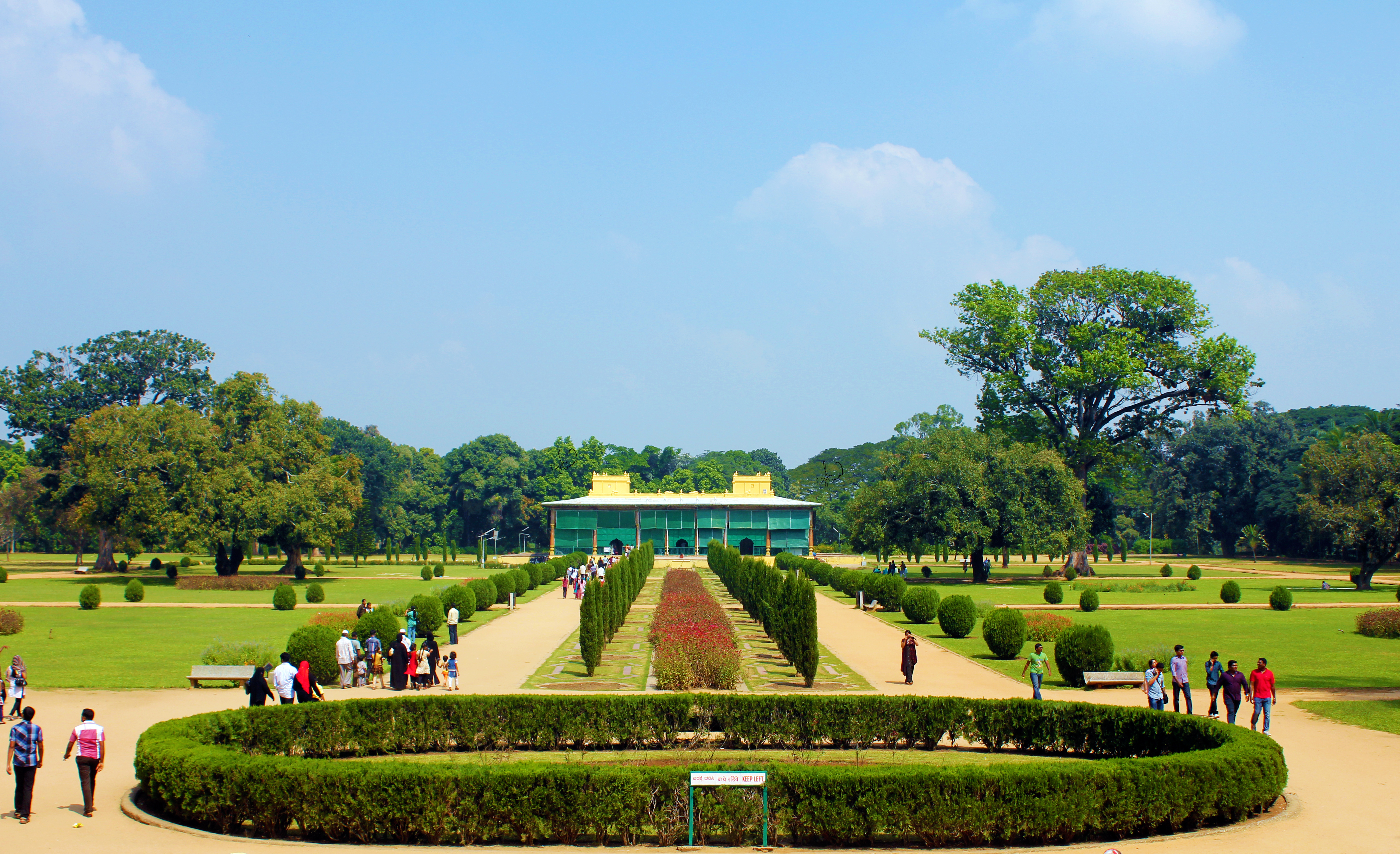 Daria Daulat Bagh or Garden of the Sea of Wealth