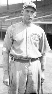 Hall of famer Edd Roush led Cincinnati to the 1919 World Series.