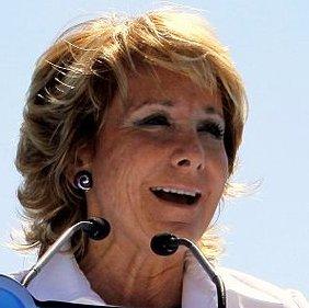 Esperanza Aguirre, Spanish politician. Español...