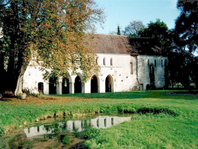 File:Fontaine-Guérard.jpg