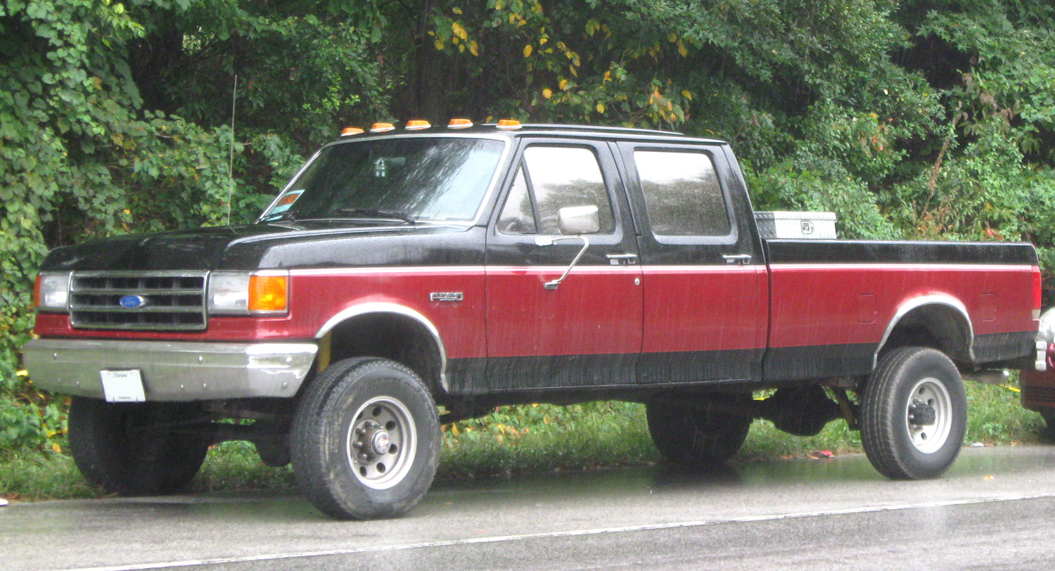 File:Ford F-350 crew cab -- 09-26-2009.jpg - Wikimedia Commons