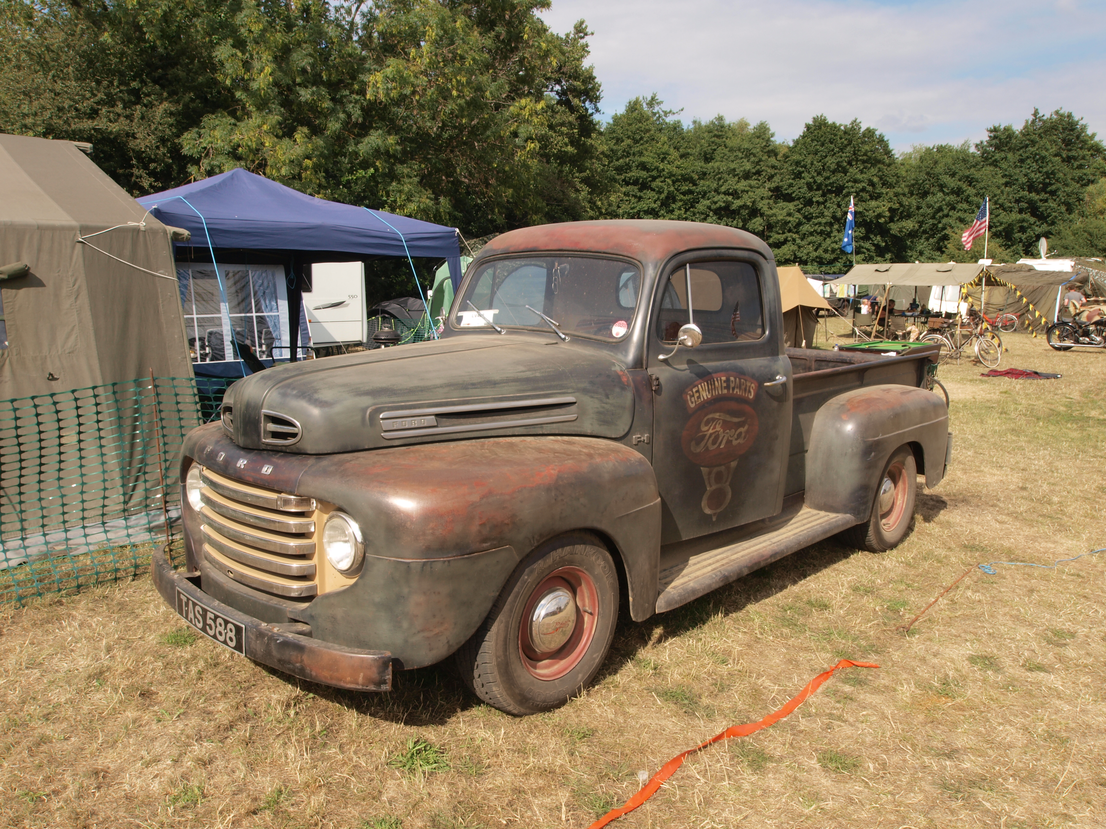 Http upload wikimedia org wikipedia commons c c6 ford_f1_pick up_ 1948 jpg rides pinterest ford ford trucks and transportation