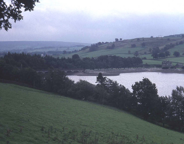 Gouthwaite Reservoir - geograph.org.uk - 783351