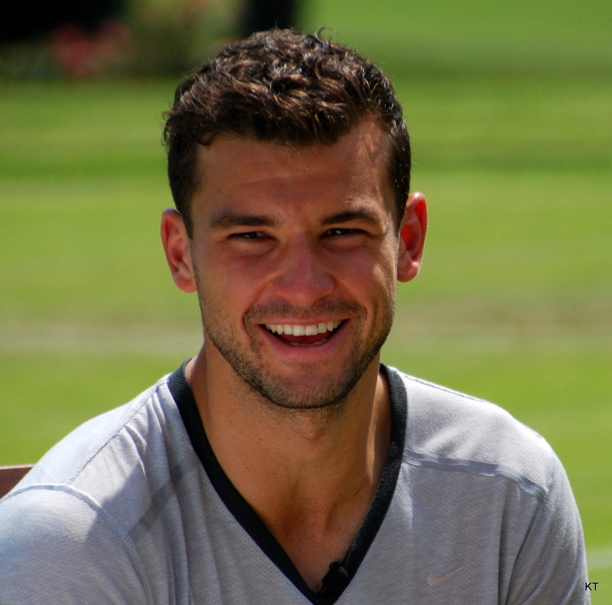 Grigor Dimitrov - 2020 Dark brown hair & alternative hair style.