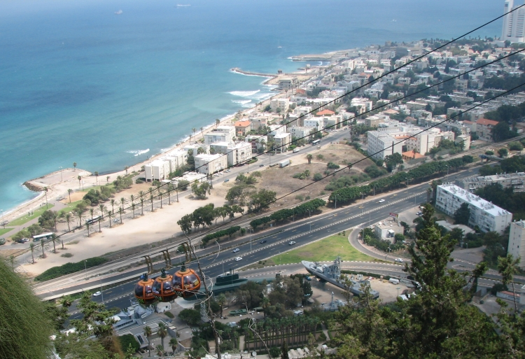 Cable car descending down Mount Carmel