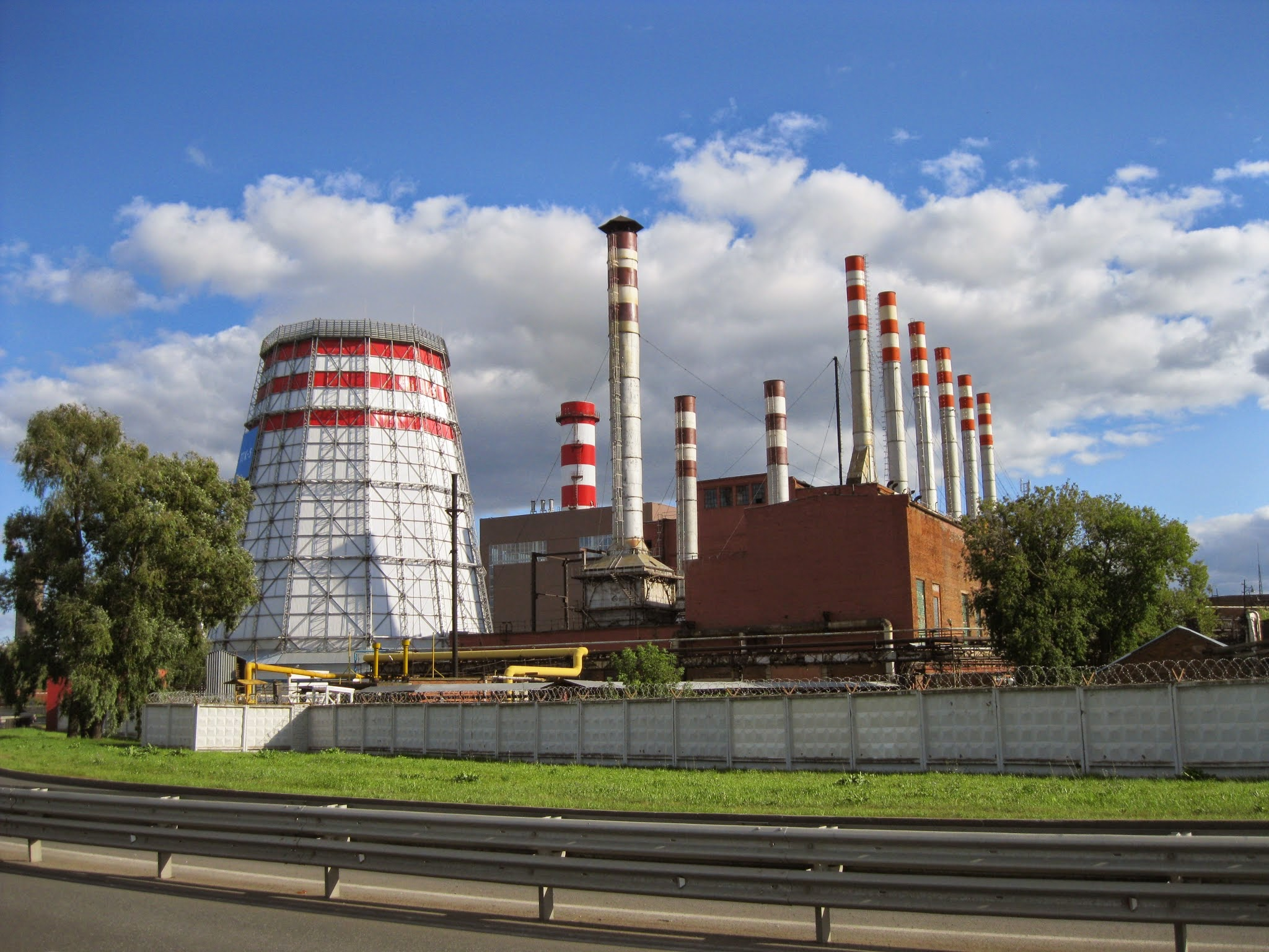 File Izhevsk thermal electric power plant 1 JPG Wikimedia mons