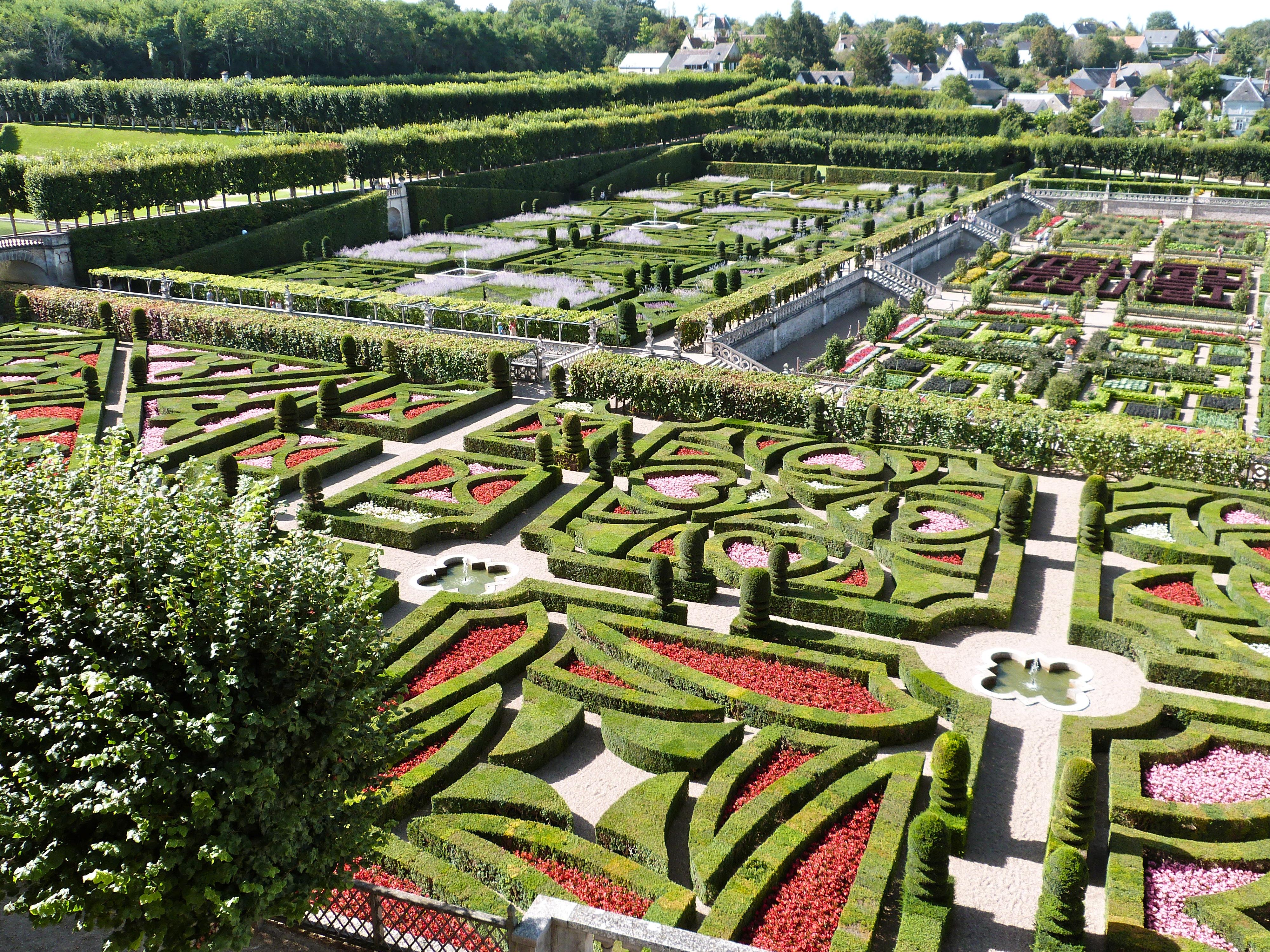 File jardins du ch teau de villandry 07 jpg wikimedia for Jardin villandry
