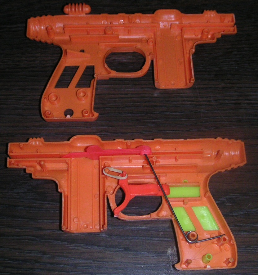 Tracer Gun, exposed - from Wikipedia