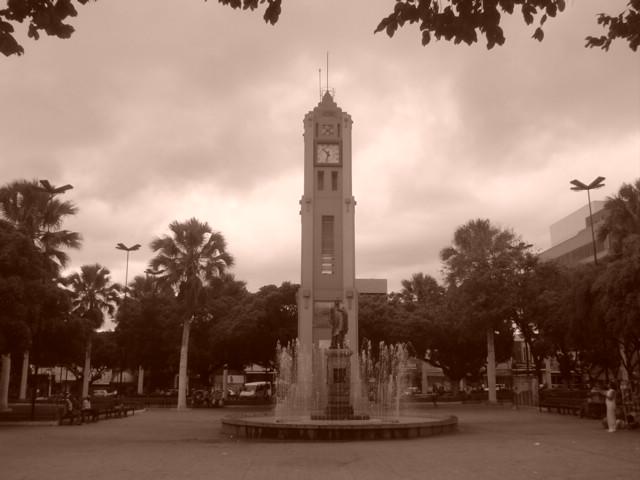 Ficheiro:Juazeiro do Norte - Praça Padre Cícero (01143).jpg