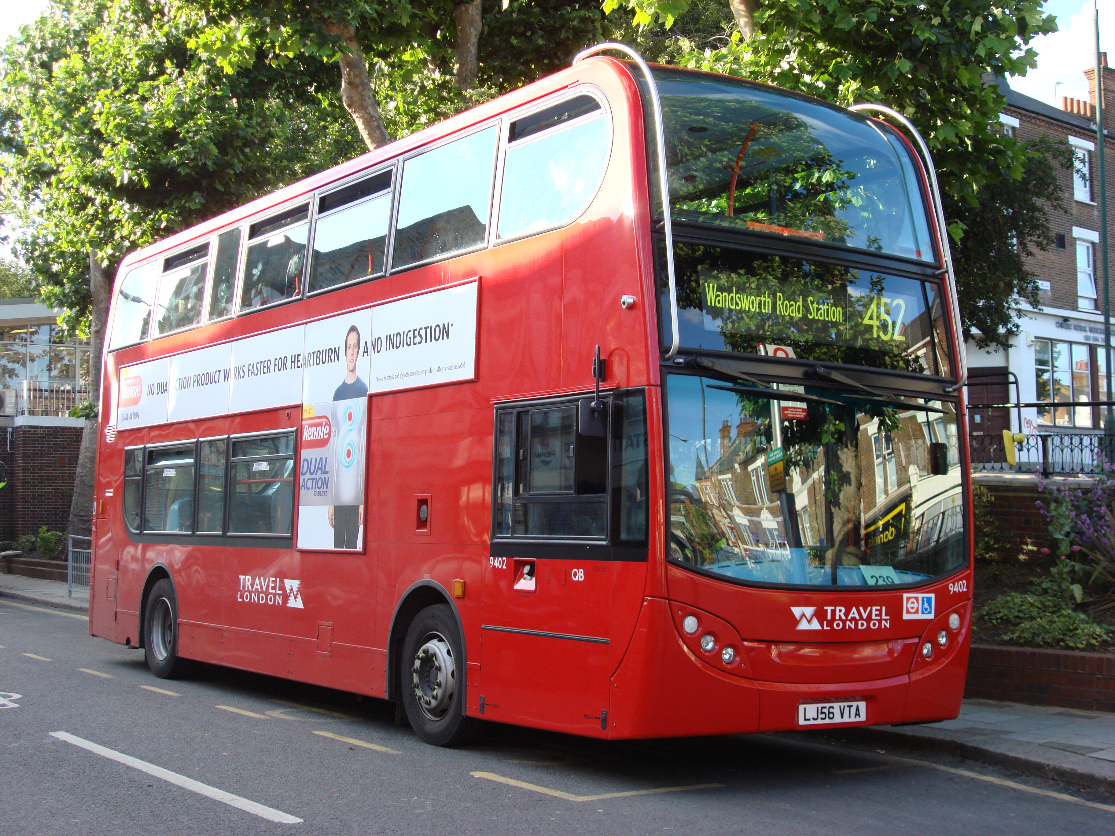 Аутобуси London_Bus_route_452
