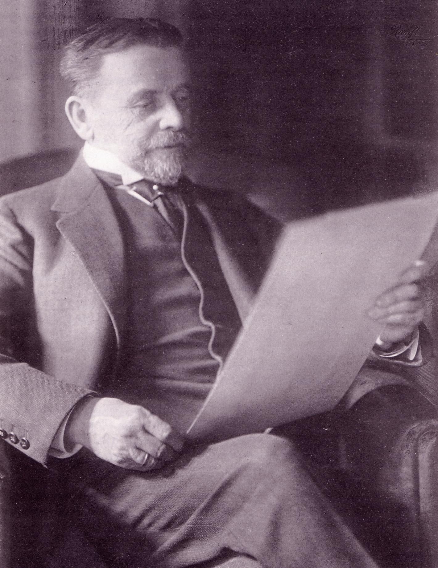 Ludwig Hoffmann Net Worth