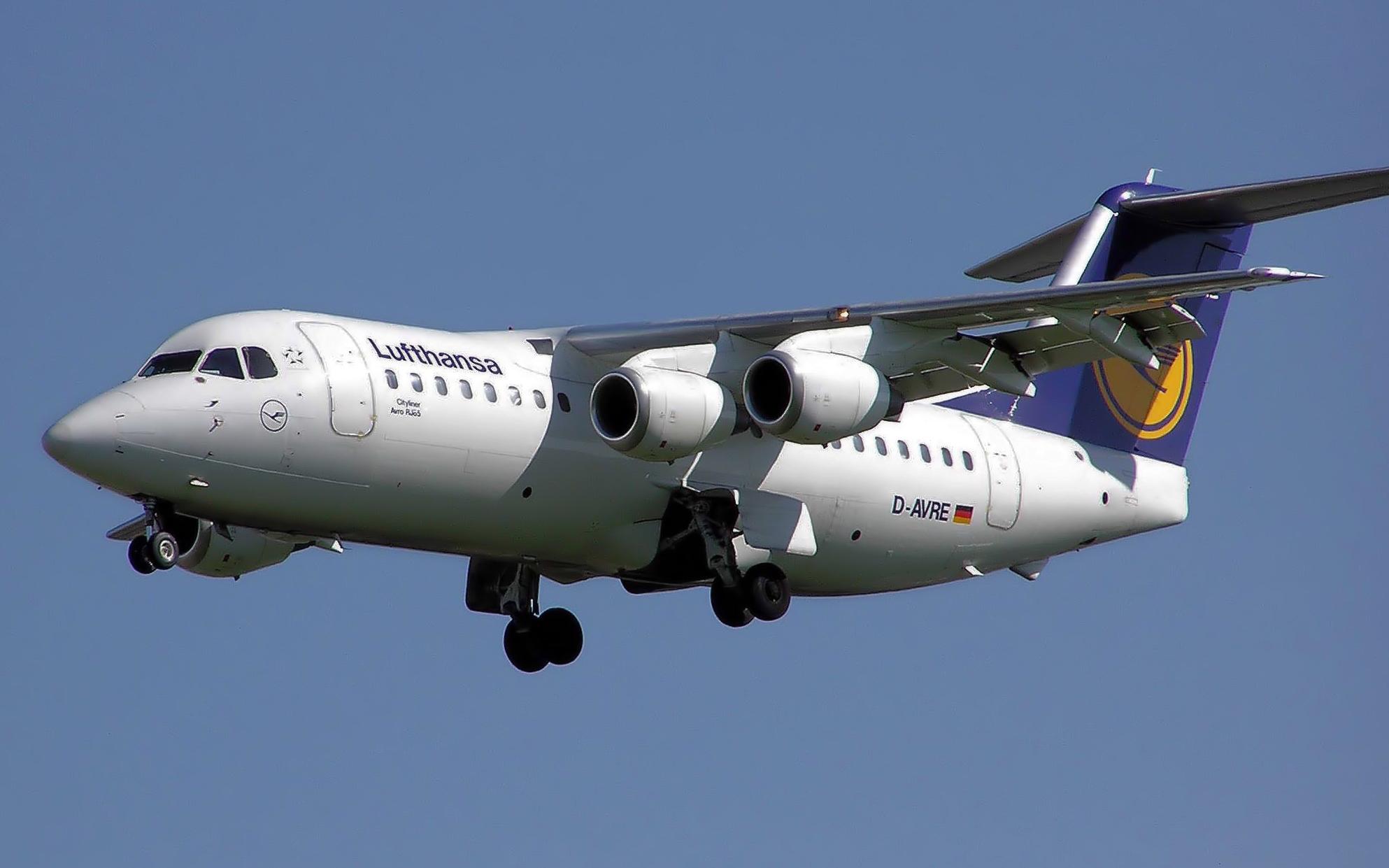 Avro%20RJ85%20Avroliner