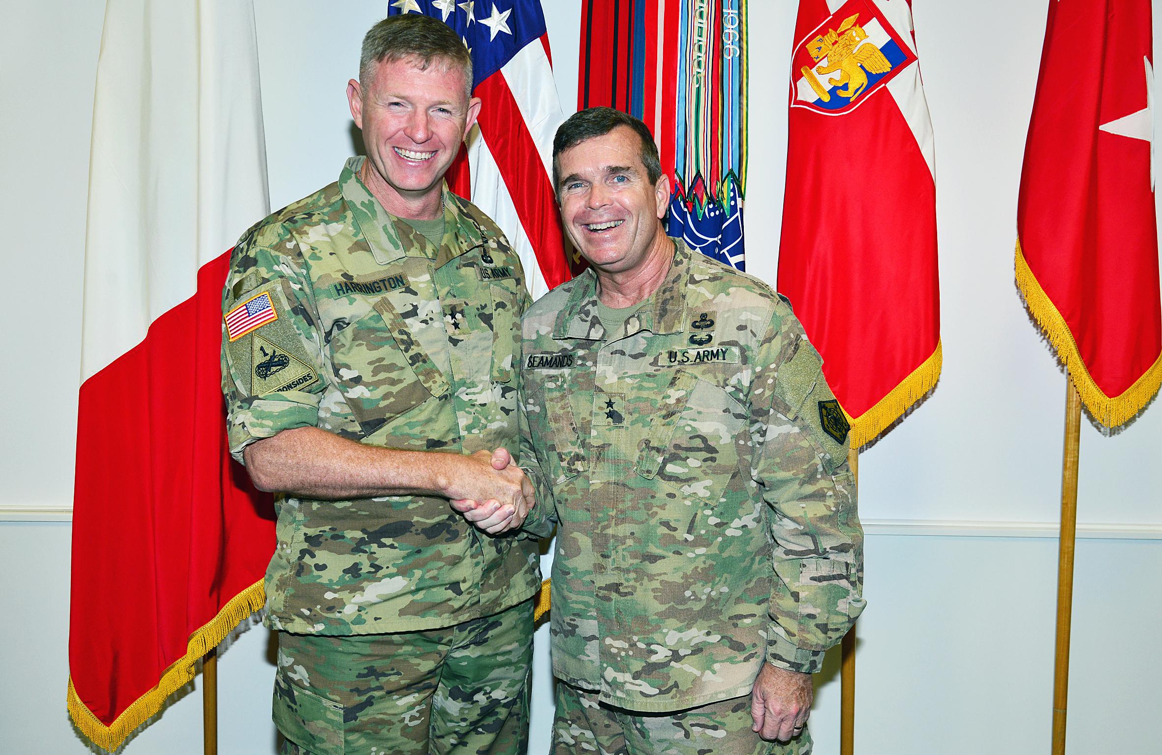 File Maj Gen Thomas Seamands Visits At Caserma Ederle In Vicenza