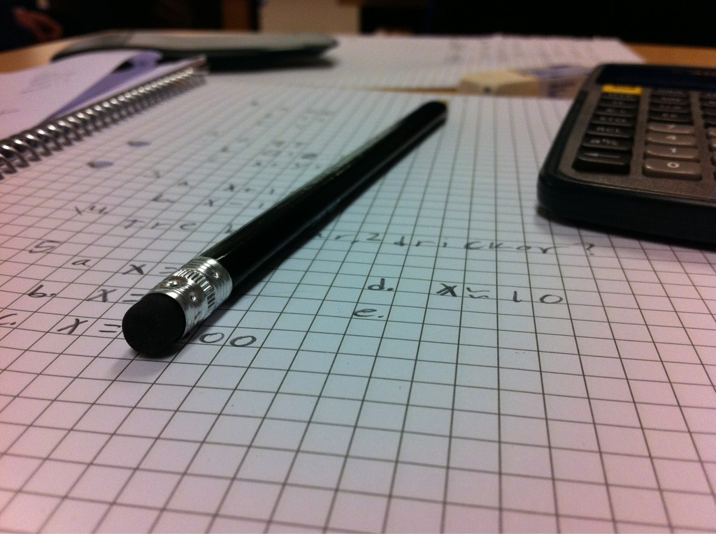 File:Math answers with a pen and calculator.jpg - Wikimedia Commons
