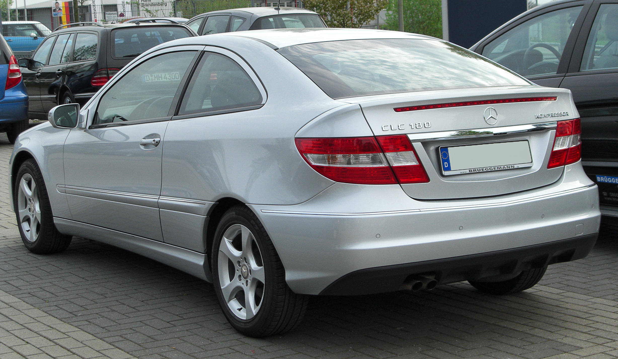 http://upload.wikimedia.org/wikipedia/commons/c/c6/Mercedes_CLC_180_Kompressor_rear_20100425.jpg