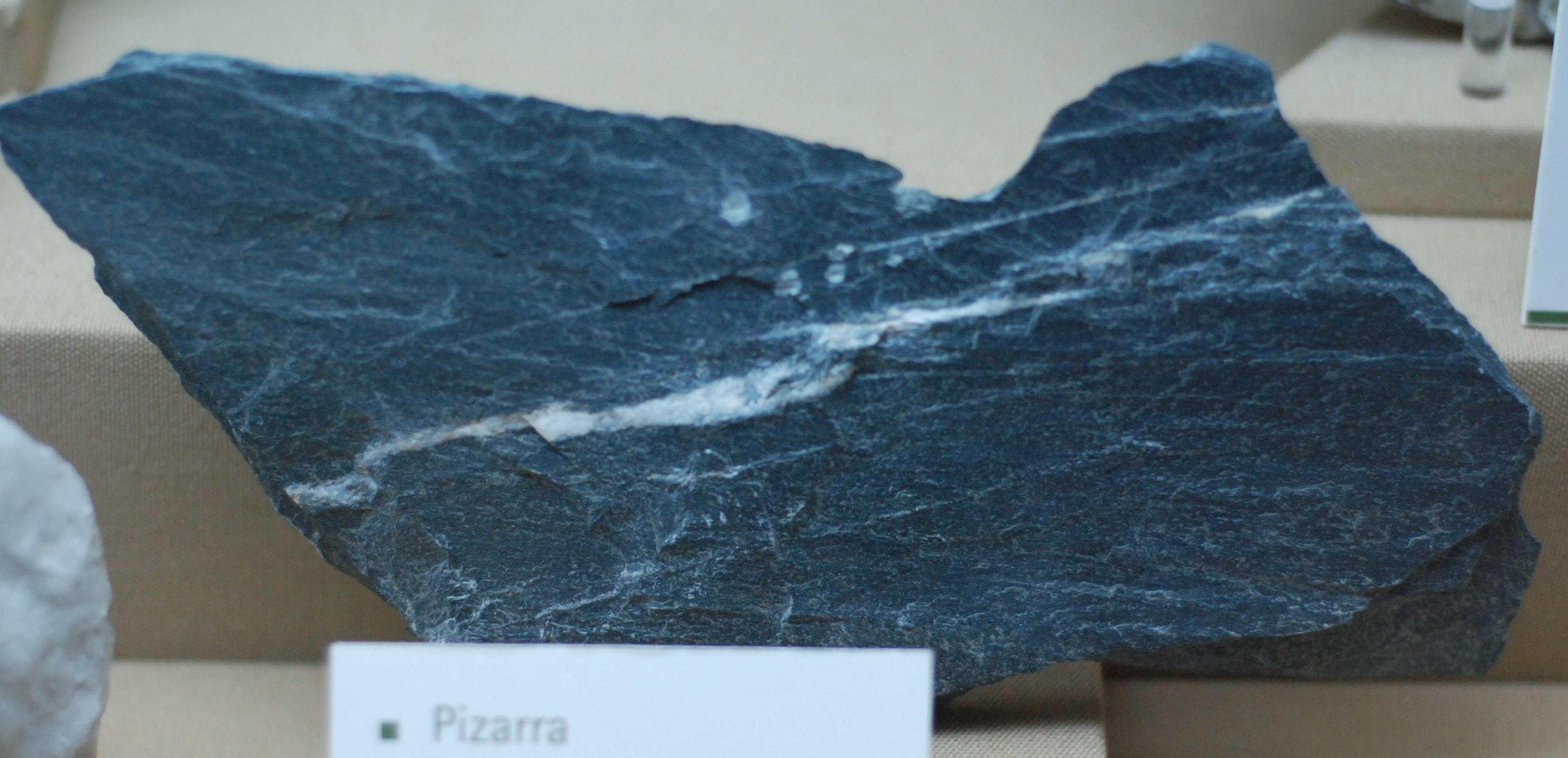 Tipos de rocas mayo 2013 for Pizarra roca