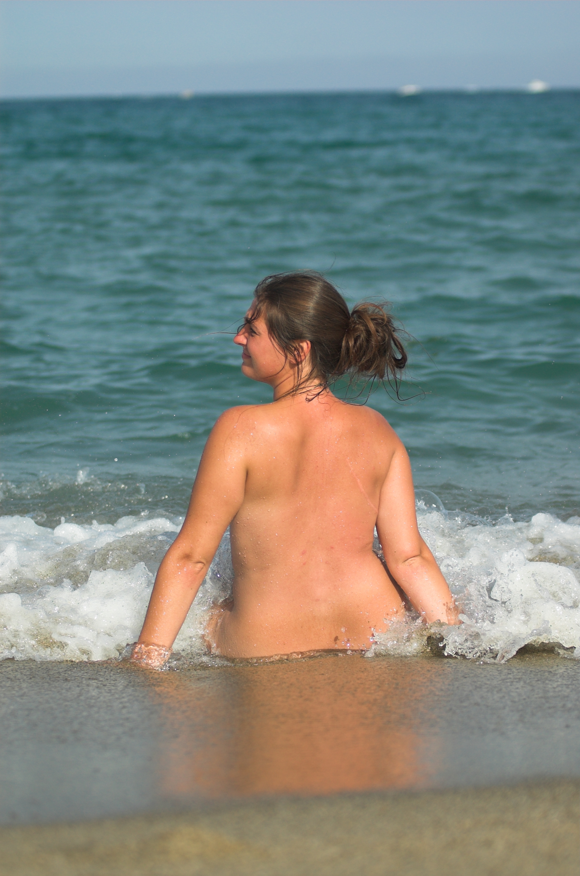 File:Nude on beach.jpg