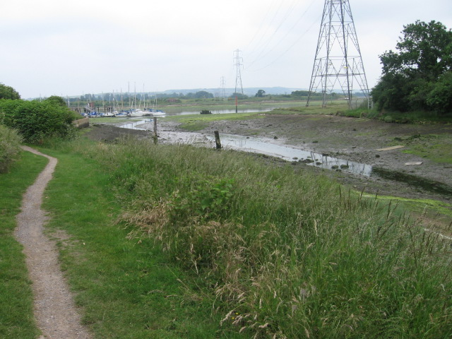 Path to Fareham Town Quay - geograph.org.uk - 464806