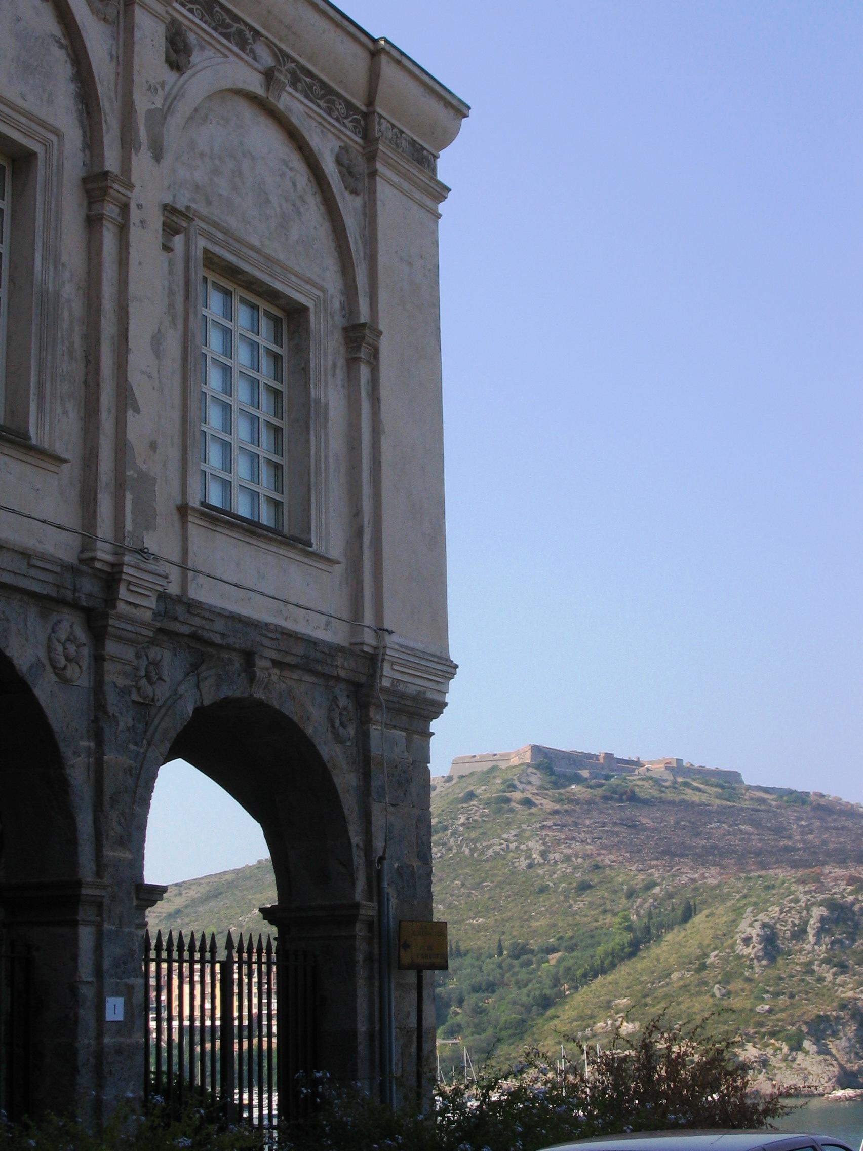 Porto Ercole - Palazzo del governatore.JPG