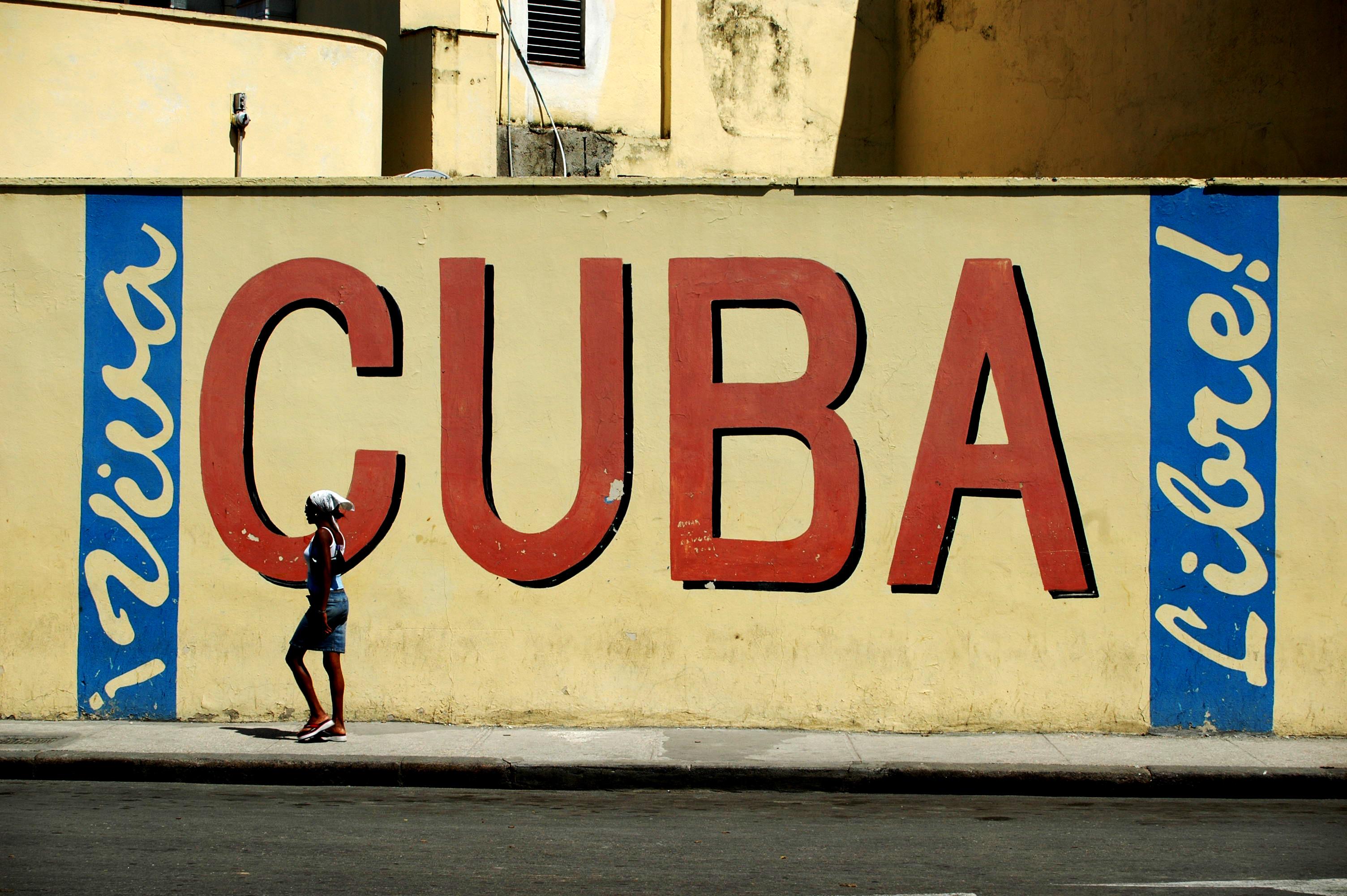 File:Propaganda a Cuba 03.jpg - Wikimedia Commons