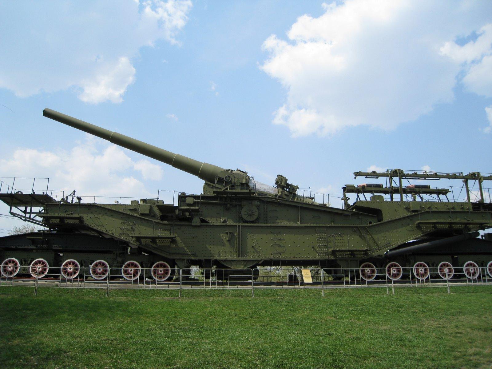 File:Railway artillery... Paintball Howitzer