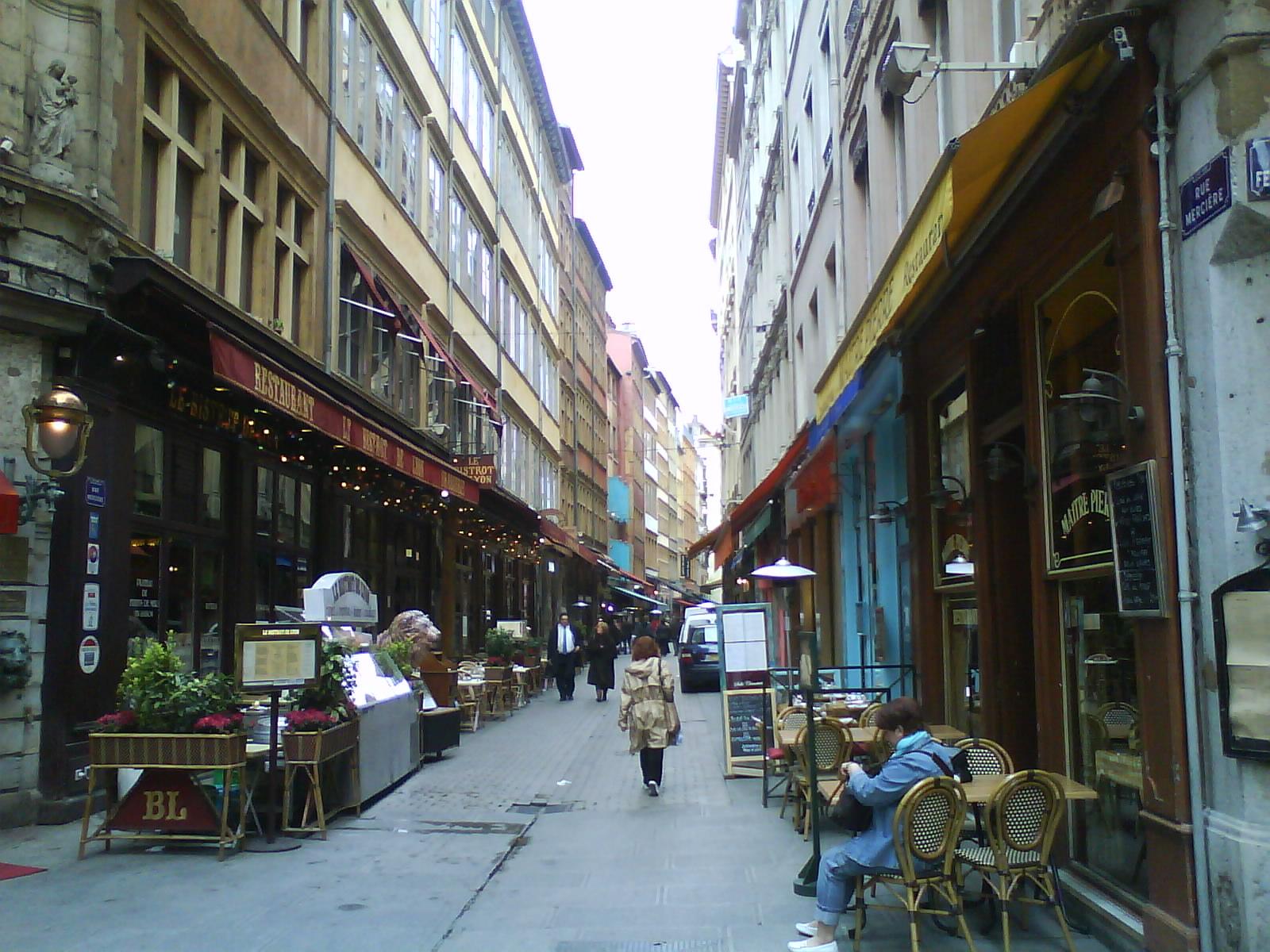 Rue Merci Ef Bf Bdre  Lyon Restaurant L Ef Bf Bdon De B